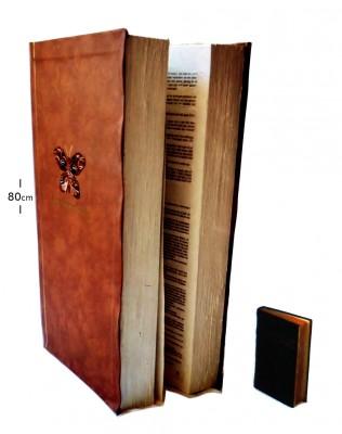 AVRO Televizierring; super groot boek gemaakt van zacht materiaal.